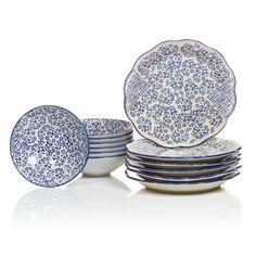Aufgedeckt im neuen Mustermix, in traditionellem Weiß und Blau.