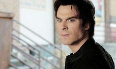 Damon Salvatore Vampire Diaries, Stefan Salvatore, Vampire Diaries The Originals, Hot Vampires, Vampires And Werewolves, Borderlands Art, Ian Somerholder, The Salvatore Brothers, Bonnie Bennett