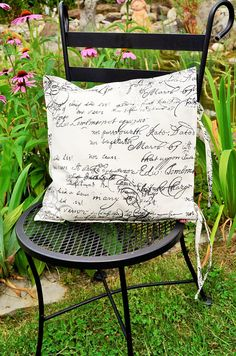 quatratische Kissenhülle mit Schrift, french Kissenbezug mit Bändern