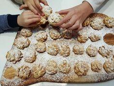 Heute gibt es ein einfaches und sehr leckeres Rezept für Cornflake Cookies. Die Kekse sind eine tolle Abwechslung zu den klassischen Weihnachtsplätzchen.