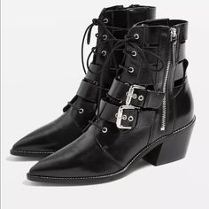 Low Ankle Boots, Buckle Ankle Boots, Thigh High Boots, Over The Knee Boots, Booties Outfit, Topshop Shoes, White Boots, Kinds Of Shoes, Fall Fashion Trends