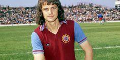 Brian Little showing off his new mullet, August, 1975 - Villa Aston Villa Players, Aston Villa Fc, Ufc, Polo Ralph Lauren, Football, 1970s, Legends, Soccer, Futbol
