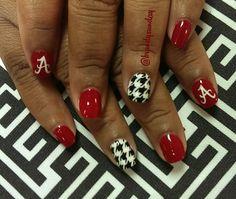 Hand painted Alabama nail art! Houndstooth nail art by Brandy Sunday