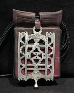 Africa | Tuareg Bella talisman from Niger | ca. 1970s | Silver on leather ||