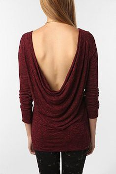 i love clothes that show off the back