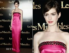 Love Anne Hathaway she has such a feminine and quirky style,  this beautiful Prada column fuchsia gown with ruby embellishment looks amazing.