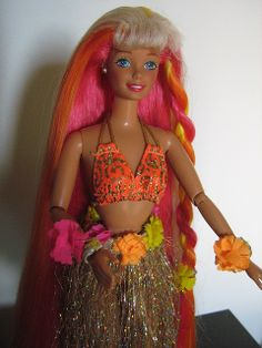 Hula Hair Barbie 1987 (Incantevole Chioma) by Patty Is Totally Addicted To Barbie, via Flickr