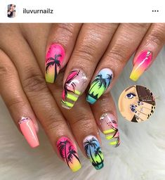 The most popular nail design in hot summer is palm tree nail art design. Palm and coconut trees are hard to tell apart, and we don't need to tell them apart. We just need to know that it's never wrong to use Palm Tree nail art designs in summer. Summer Acrylic Nails, Best Acrylic Nails, Palm Tree Nail Art, Nails With Palm Trees, Palm Nails, Vacation Nails, Nail Effects, Beach Nails, Fire Nails