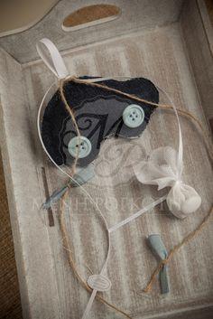 Μπομπονιέρα βάπτισης για αγόρι πάνινο αυτοκινητάκι με κουμπιά