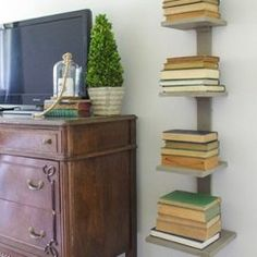 10 Small Space Furniture Solutions You Can DIY