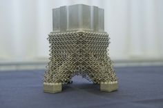 Space in Images - 2014 - 11 - One-piece 3D-printed satellite bracket