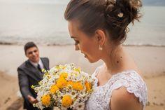 ♥♥♥  Say Cheese Fotografia e Filmagem de Casamento Cada evento é um momento único e especial em sua vida e com certeza na nossa também. Nada mais prazeroso que poder clicar o primeiro sorriso do seu... http://www.casareumbarato.com.br/guia/say-cheese/