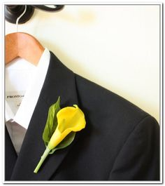yellow calla lily centrepieces - Google Search
