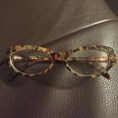 Alexander McQueen eyeglass Alexander McQueen tort eyeglass like new Alexander McQueen Accessories