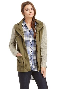 DailyLook: Olive & Oak Sweater Sleeve Cotton Military Jacket in Olive L