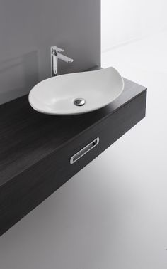 Maison Valentina is a luxury brand specialized in high-end bathroom furniture. Next Bathroom, Downstairs Toilet, Bathroom Basin, Washbasin Design, Vanity Basin, Contemporary Bathrooms, Bathroom Furniture, Bathroom Inspiration, Countertops