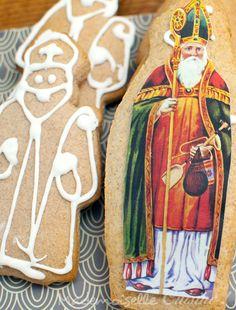Saint Nicolas - Icon of the XIIIth century On December, whatever is on the Advent Calendar, it is the feast of Saint Nicolas . Christmas Mood, Christmas Carol, Christmas Baking, Christmas Cookies, Christmas Gifts, Xmas, Christmas Decor, St Nicholas Day, Saint Nicolas