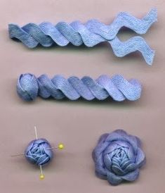 Embroidery on Rick Rack How cute is that ! Just add some embroidery work to ric rac ! Felt Flowers, Diy Flowers, Fabric Flowers, Paper Flowers, Ribbon Flower, Nice Flower, Flower Diy, Fabric Crafts, Sewing Crafts
