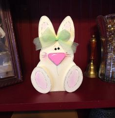 Cute free-standing baby Easter bunny standing 8 inches tall and inches wide. 2x4 Crafts, Bunny Crafts, Crafts To Do, Easter Crafts, Easter Decor, Easter Ideas, Easter Projects, Craft Projects, Craft Ideas