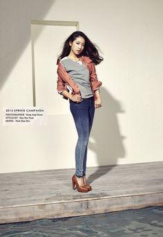 Park Shin Hye's and Ahn Jae Hyun's previously released JAMBANGEE S/S 2014