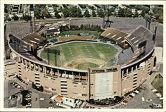 Memorial Stadium - Baltimore MD, where I watched the Colts and Orioles play - love this pic as it was a true multipurpose field (a crappy one mind you, but nonetheless) Nfl Stadiums, Baseball Park, Baseball Field, Baseball Stuff, Sports Stadium, Stadium Tour, Baltimore Orioles Baseball, Baltimore Maryland, Shea Stadium