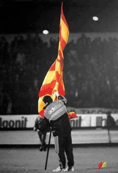 The iconic image of the victor planting the flag drew comparisons with Turkish hero Ulubatli Hasan, who was killed as he planted the Ottoman flag at the end of the Siege of Constantinople. This earned Souness the nickname 'Ulubatlı Souness'