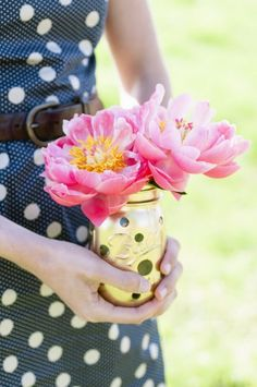 spray painted Kate Spade inspired mason jars. Styling by LovelyGirls Events. Photography by Hudson Nichols Photography.