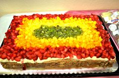 mostachon, made out of philadelphia cheese and oatmeal, covered with strawberry, mango and kiwi