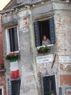 Window watcher - Venice