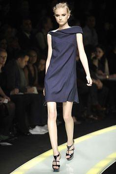 Versace Fall 2008 Ready-to-Wear Fashion Show - Anabela Belikova