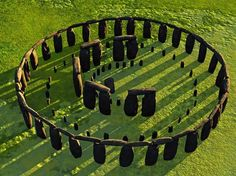 Looking Down, What makes Stonehenge unique? For one, its design, which includes huge horizontal stone lintels capping the outer circle and sitting atop the vertical slabs called trilithons, locked together by joints. In addition, the structure includes two different kinds of stones called Bluestones and Sarsens, the largest of which weighs more than 40 tons, according to UNESCO.
