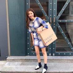 인스타 패셔니스타 차정원/차정원 패션/차정원 스타일/차정원 사복 : 네이버 블로그 Illustration Mode, Stitch Fix, Korean Fashion, Ootd, Photo And Video, My Style, Womens Fashion, Sweaters, How To Wear