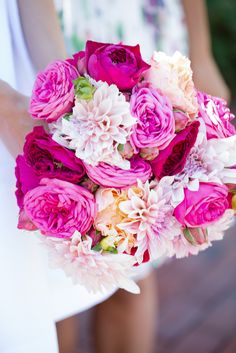 Beautiful bouquets for a beautiful bride