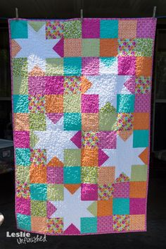Leslie Unfinished: Blogger's Quilt Festival: May 2013-Odds are good that I will never make this but I like it.