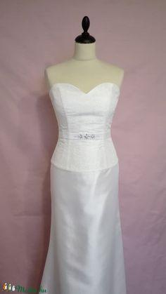 Strasszköves menyasszonyi ruha (nicoledesign) - Meska.hu One Shoulder Wedding Dress, Wedding Dresses, Fashion, Bride Dresses, Moda, Bridal Gowns, Fashion Styles, Wedding Dressses