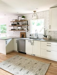 Recamier: know what it is and how to use it in decoration with 60 ideas - Home Fashion Trend Boho Kitchen, New Kitchen, Kitchen Decor, Smart Kitchen, Grey Countertops, Kitchen Chandelier, Kitchen Models, Beautiful Kitchens, Home Kitchens