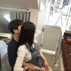 Find images and videos about couple, asian and ulzzang on We Heart It - the app to get lost in what you love. Cute Couples Goals, Couples In Love, Couple Goals, Korean Couple, Ulzzang Couple, Ulzzang Girl, Cute Korean, Korean Girl, Jung So Min