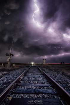 I'm travelling into the storm with no way out I can either jump off this train or see it through to the end. Lightning Photography, Nature Photography, Photography Tips, Portrait Photography, Wedding Photography, Cool Pictures, Cool Photos, Beautiful Pictures, Beautiful Sky