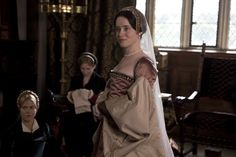 Wolf Hall: Bring up the bodices . how Tudor costumes of Damian Lewis, Claire Foy and Mark Rylance measure up - London Life - Life & Style - London Evening Standard Tudor Costumes, Cool Costumes, The Affair Tv Series, Charity Wakefield, Anne Boleyn Tudors, Mary Boleyn, Wolf Hall, Damian Lewis, Tudor Fashion