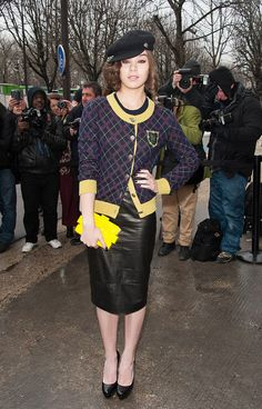 Diane Kruger, Jessica Alba & More Stars Attend Paris Fashion Week (Photos) Buy Boots Online, Patent Leather Boots, Hot High Heels, Color Pairing, Diane Kruger, Jessica Alba, American Women, Stay Warm, Plus Size Women
