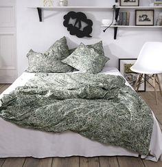 Für Allergiker geeignet. Unsere Bettwäsche im Heu-Design bringt die reine Natur in dein Bett. #BettwäscheimHeuDesign #HeuBettwäsche