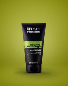 Redken for Men Stand Tough Extreme Hold Gel features an extreme hold formula to create defined and sharp shape looks.