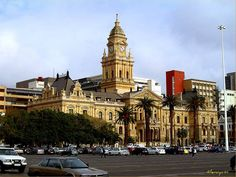 Best Places to Travel in Africa - Djenne Best Places To Travel, Cool Places To Visit, Beautiful Landscape Pictures, Pretty Landscapes, Victorian Buildings, Landscaping Images, Cape Town South Africa, Barcelona Cathedral, The Good Place