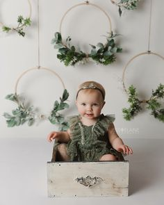 63 Ideas for birthday photoshoot studio mini sessions Birthday Photography, Christmas Photography, Photography Props, Children Photography, Newborn Photography, Photography Essentials, Photography Courses, Photography Magazine, Mobile Photography