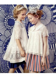 TWIN-SET Girl's collection: on the left, blue dress GS62NN with lace dress GS62HN and lace top GS62HR. Magazine: Style Piccoli 01.01.2016