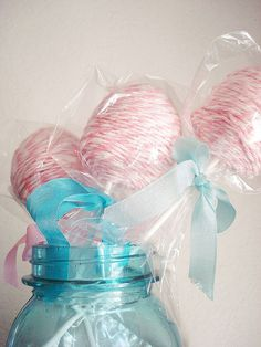 ~Swoon~ cute! Bakers Twine wrapped ball for creative flower display. Raspberry color?