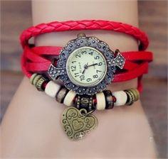 Kırmızı Kalpli Saat Bileklik