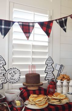 Lumberjack Birthday Party | Jenallyson - The Project Girl - Fun Easy Craft Projects including Home Improvement and Decorating - For Women and Moms