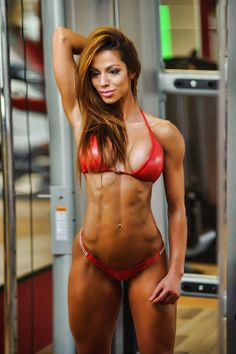 Petra Szabo--------------http://www.fitnessgeared.com/forum/forum REGISTER AND JOIN THE BEST BODYBUILDING FITNESS FORUM ON THE NET