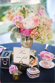 Super cute decor and centerpiece styled by Southern Affairs. http://www.weddingchicks.com/2014/08/22/wedding-chicks-happy-hour-44/